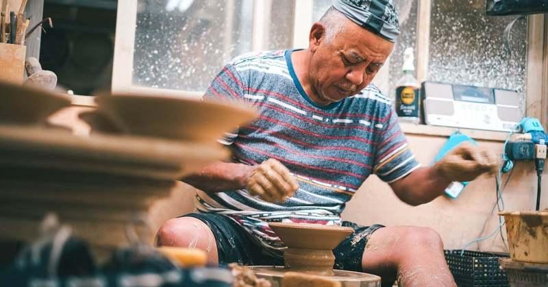 観光客減ならば…おうちと繋ごう 「CRAFT陶器市」6月は沖縄のやちむんを特集