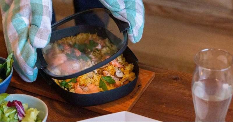 「見える化」した鋳物鍋。世界的洋食器ブランド「NARUMI」と燕三条の「UNILLOY」老舗同士のコラボはなぜ生まれたか